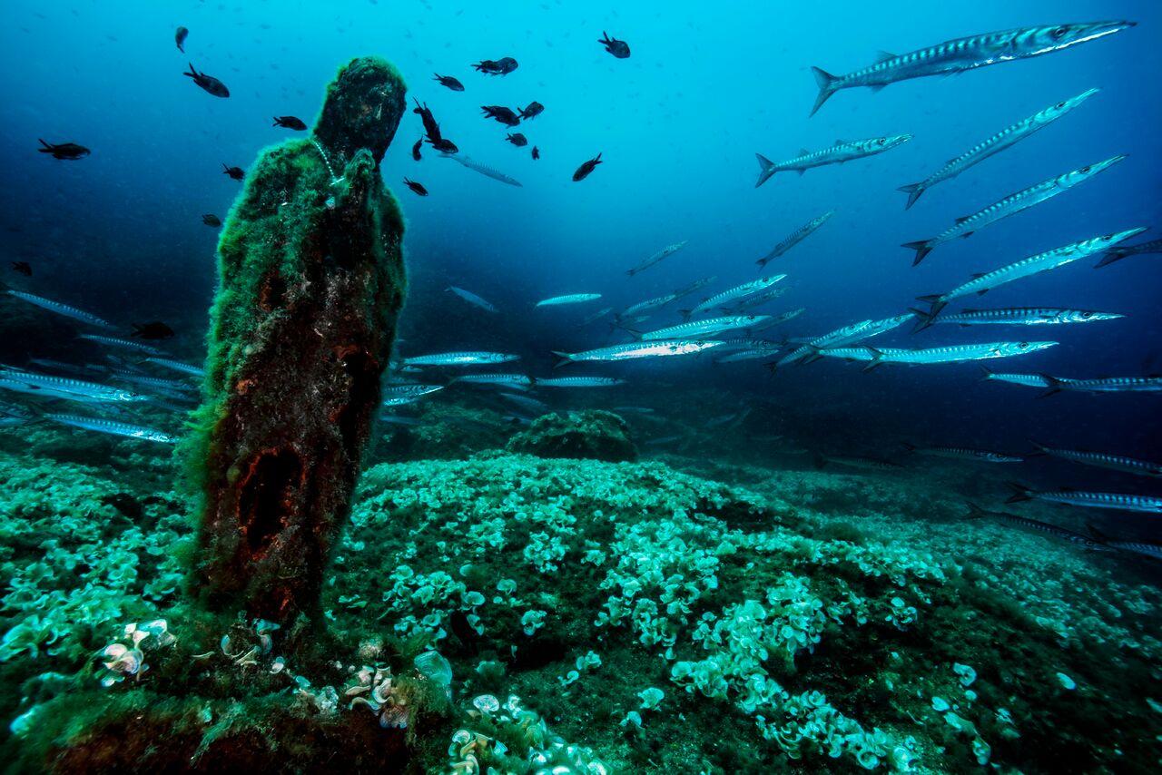 La statua sommersa della Madonnina del Vervece